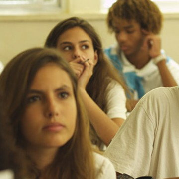 Proyecciones escolares : El Aula Vacía